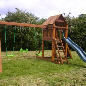 STTSwings focus swings slide plus tower play set
