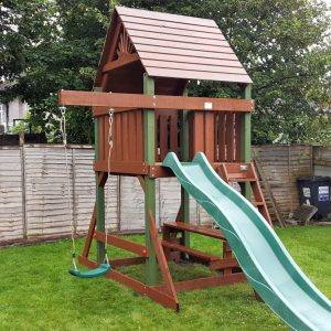 Space Saver tree house swings and slide sttswings