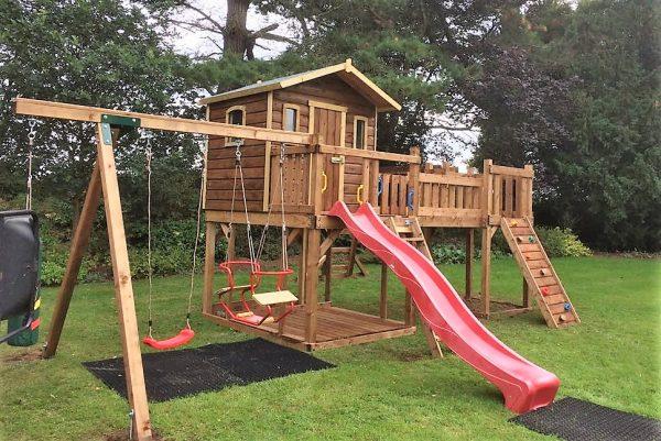 STTSwings-tree-house-swings-bridgelink-monkeybars-slide-rock-climbing-wall