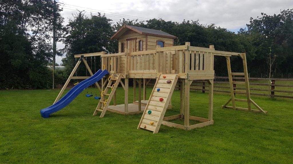Hogan's Treehouse